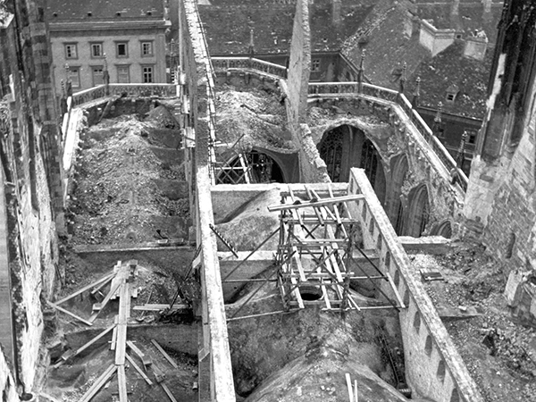 St. Stephen's Cathedral after the roof fire